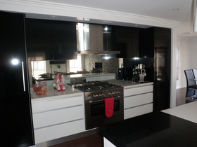 Jackson Glass and Aluminium - Splashbacks